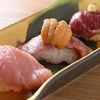 当店1番人気!贅沢な飛騨牛炙りにぎり雲丹のせ寿司をぜひどうぞ