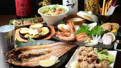 ホッケの炙りや旬魚の刺身など北海道の海の幸をコースで満喫