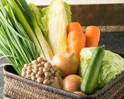 韓国直送の調味料と新鮮な国産野菜を使用