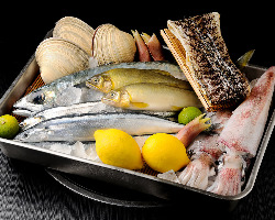 季節の食材をふんだんに使った料理をたっぷりとお楽しみください