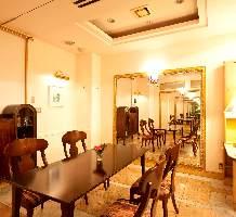 仲間との心嬉しい時間を、料理と共に楽しめる完全個室。