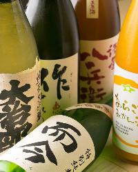 昨今、世界的に注目が集まる日本酒は而今など三重の地酒を中心に