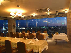 ディナーコースのほか、季節毎のパーティープランもご用意。