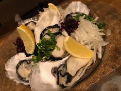 生牡蠣もあります!