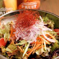新鮮な野菜をたっぷり使ったチョレギサラダ♪