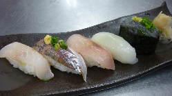 柔らかく旨味の詰まった 旬の地魚をご賞味あれ!