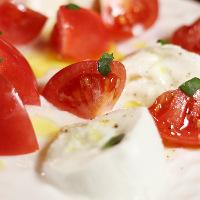 自社農園で育てた『アップルスタートマト』をカプレーゼで味わう