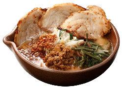 信州味噌漬け炙りチャーシュー麺