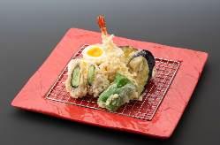 揚げたての天ぷらをリーズナブルに楽しめる!780円(税抜)~!