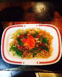 サルサソースが決め手の『台湾焼きそば』。一皿で野菜もたっぷり