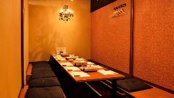 完全個室有。各種宴会はもちろん接待にも最適なお部屋をご用意。