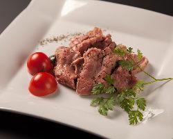 ・◆牛肉◆・ 静岡そだちや夢咲牛を使用した肉料理も自慢の1つ