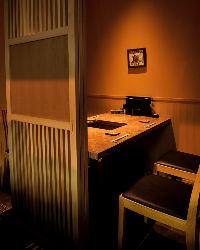 全て完全個室。接待や記念日にもお使いいただける洗練された空間
