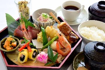 和食・旬魚 うお進