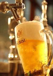 お酒もついつい進む一皿を豊富にラインナップ♪エビス生ビール★