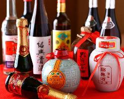 中国の年代物の紹興酒や地元の珍しいお酒もご用意しております!
