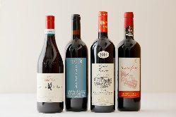 お客様のお好みに合わせ厳選イタリア産ワインとのペアリングも。