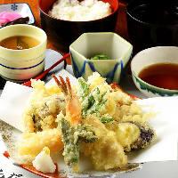鮮魚や旬野菜を堪能できる逸品料理はその日の仕入れで毎日変化