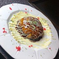 見た目の美しさも楽しめ、女性客かの支持が高い!『山芋サンド』