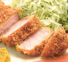 ロースカツ・ヒレカツは単品でも定食でも味わえます