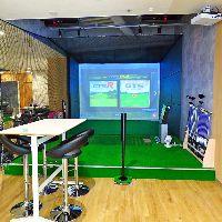 """""""ゴルフ"""" 最新シミュレーションゴルフを楽しめる空間"""