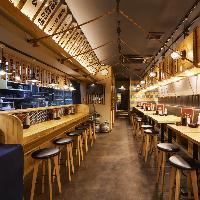 大衆感満載のオープンフロア!美味しいお酒と旨い肉寿司!