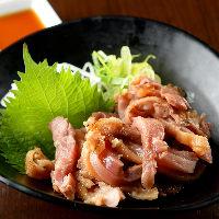 ぷりっぷりの鶏肉を使用した鶏料理。錦店限定メニューも!
