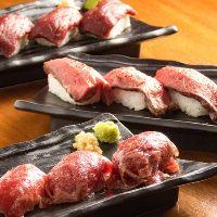 大人気の肉寿司含む全8品飲み放題付きコース3,500円!