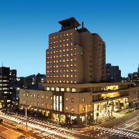 地下1階地上14階客室、市内最大級のバンケットもございます。