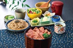 贅沢にうなぎを味わえるひつまぶし和膳は味を変えて楽しめます♪