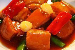 当店人気NO.1毛家紅焼肉 毛沢東大好物の豚の角煮