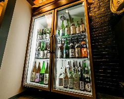 石川県全38蔵元45種の地酒が揃う、唯一のお店です。