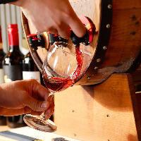 【多彩】 樽詰めワインにスパークリングワインも飲み放題
