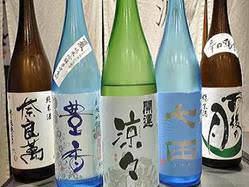 地酒は日本各地から10種類以上♪ 夏酒も多数入荷致しました。