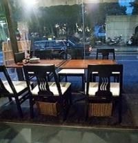 貸切宴会に最適なTVモニターも完備☆ テラス席も開放的です♪