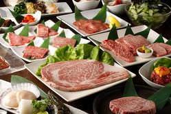 厳選された食材。美味しいお肉と美味しいお酒があれば幸せ!!