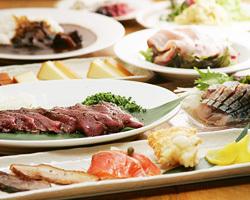 2時間飲み放題付コース 5000円~ 自慢の燻製料理を堪能。