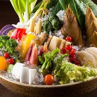 春の天然のお野菜や山菜などをふんだんに使った創作和食。