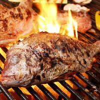 炭火で豪快に焼き上げ、素材の旨味を引き出す各種炭火焼き