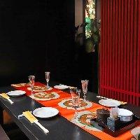 それぞれ仕切られた個室は接待や会食、などに喜ばれております。