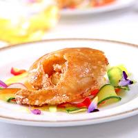 中華と言えばフカヒレ、盤古ヒレ煮込みは専任のシェフがいます。
