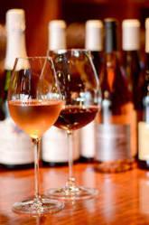 自然派ワイン~オールドヴィンテージ。ボトルは常時100種類以上