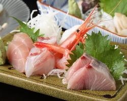 市場直送の鮮魚でおもてなし致します!