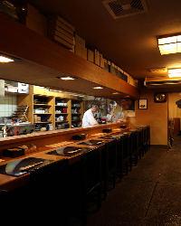 ◆カウンター席◆~目の前で旬食材の味・職人の技を堪能~