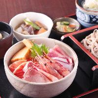 彩り海鮮丼セット