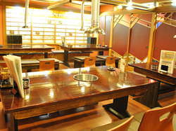 2F宴会場は最大36名様までご利用いただけます。
