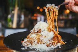 ビストロと言えば煮込み!口でほどける柔らかさ!牛肉の赤ワイン煮