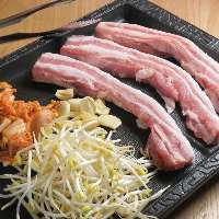 優しい味わいのアジアン料理を多彩にご用意!
