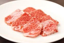 国産牛カルビ…霜降りの美味しいお肉をリーズナブルにご提供!