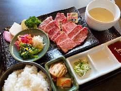 能登牛×能登野菜ランチも大人気!肉と野菜で能登を味わう